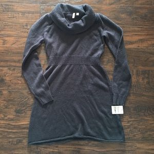 Sweater dress by Frenchi, grey. Size small. NWT